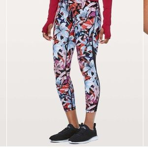 Lululemon Lush Lillies Train Times Floral Tights 6
